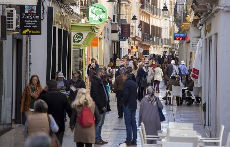 f15e04292563 Huelva elimina la licencia de apertura para nuevos negocios e incluye  rebajas en el IBI de hasta el 95%